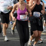 Katie Holmes irriconoscibile alla maratona di New York