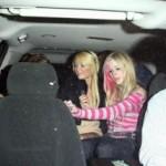 Avril Lavigne ad un party insieme a Paris Hilton