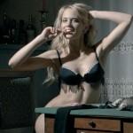La sexy polacca Laura Drzewicka nella casa del GF